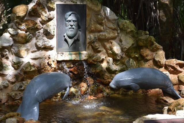 Sculpture at Ellie Schiller Wildlife Park in Homosassa Florida
