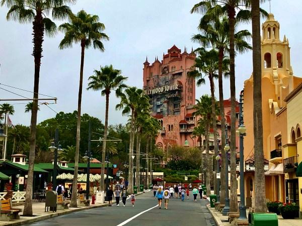 Sunset Boulevard walking down to ward Tower of Terror
