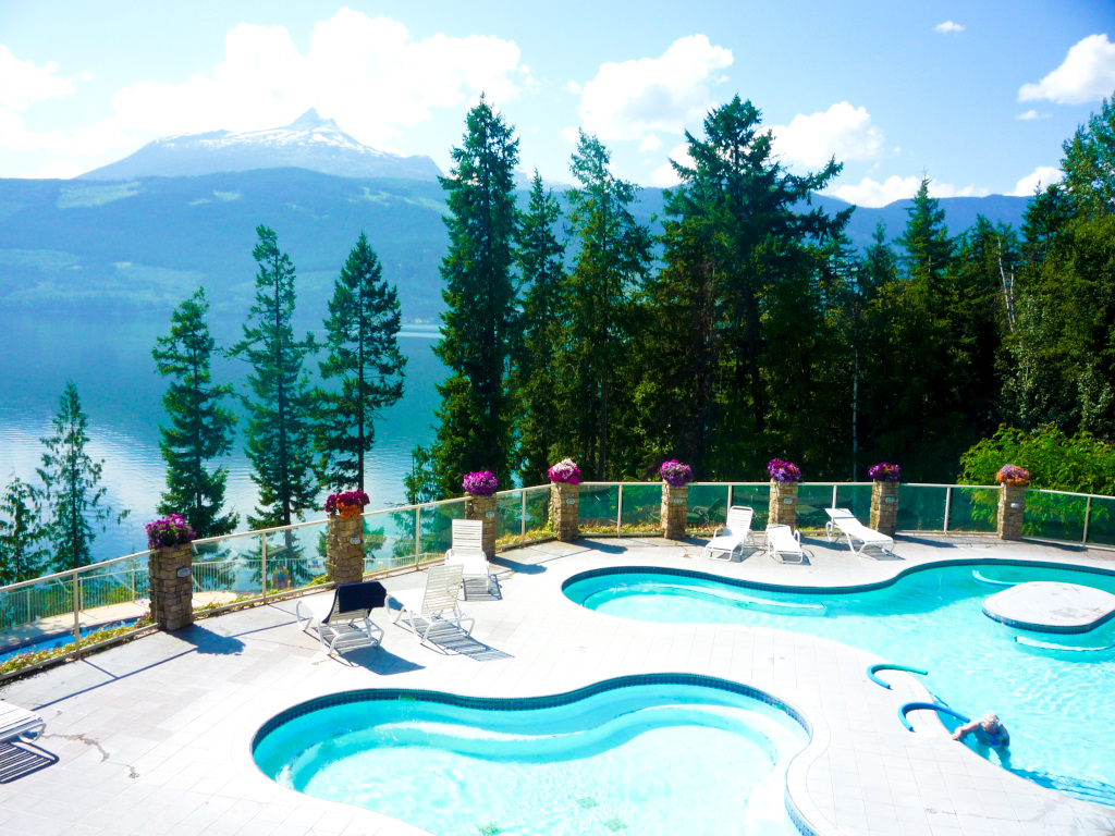 Halcyon Hot Springs, BC