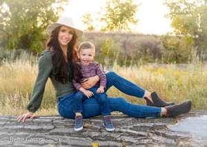 Mom and More – Nicole Reinhardt