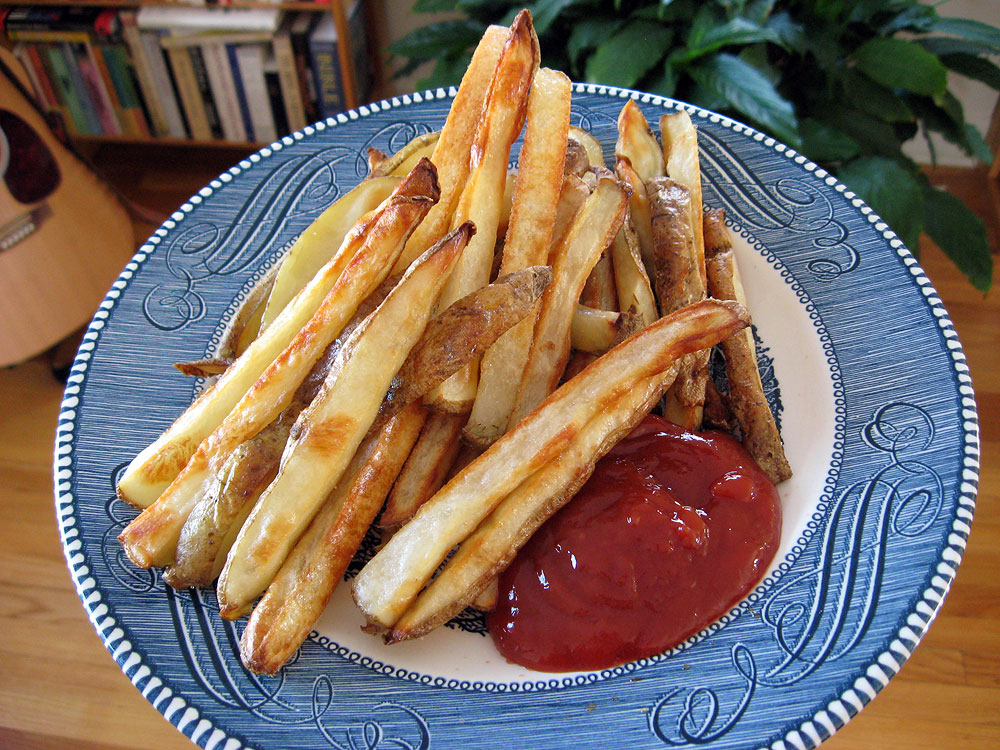 Homemade oven fries (French fries roasted in the oven)
