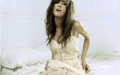 Kate Voegele music videos: 'Heart in Chains,' 'Hallelujah'
