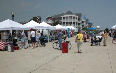 Kenosha HarborMarket: Farmer's market on the lakefront