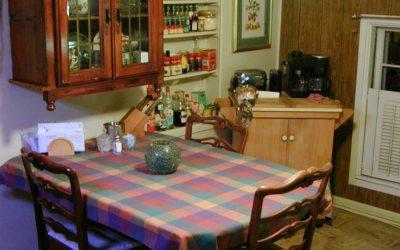Kenosha apartment kitchen table