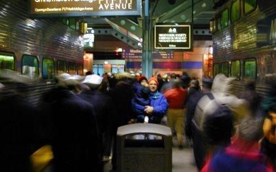 Chicago: Metra rail commuters bustle