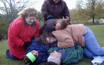 Dibble girls monkey pile