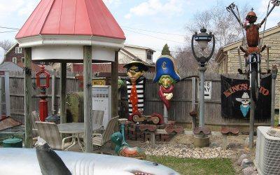Hamburglar, Captain Crook: Cudahy, Wisconsin backyard