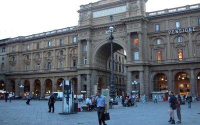 Piazza della Repubblica: Arcone, Florence, Italy