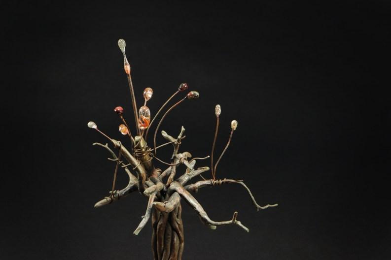 Little tree - Red rock, bronze, copper, glass