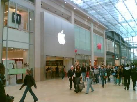 Apple_Store_(131493092)
