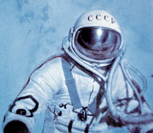Alexei Leonov first space walk