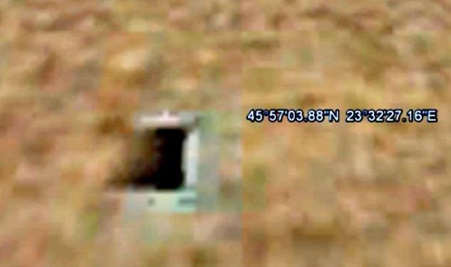 Mars alien underground entrance