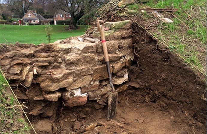 Oakham Castle perimeter wall unearthed