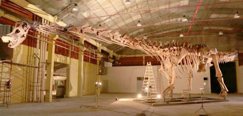 Titanosaur model recreated
