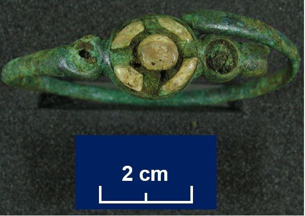 Ornamental brooch