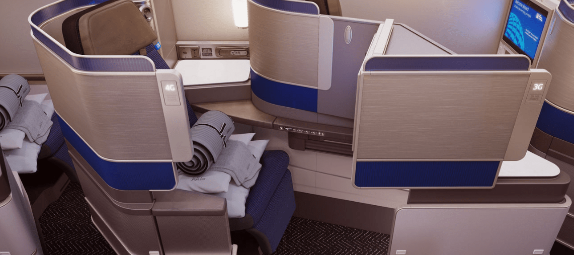 Polaris_United_Business_Class_Cabin2