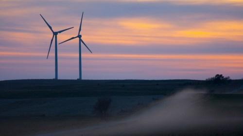 wind turbines at BP Titan 1 wind farm in South Dakota