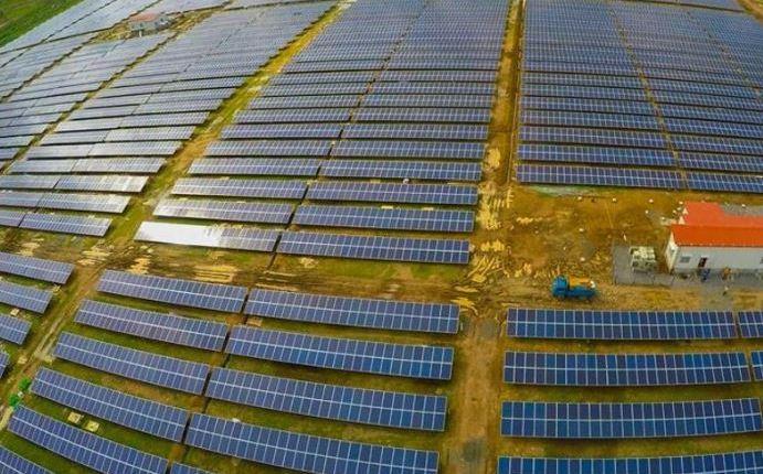 Cochin International Airport solar panels – Thumbnail
