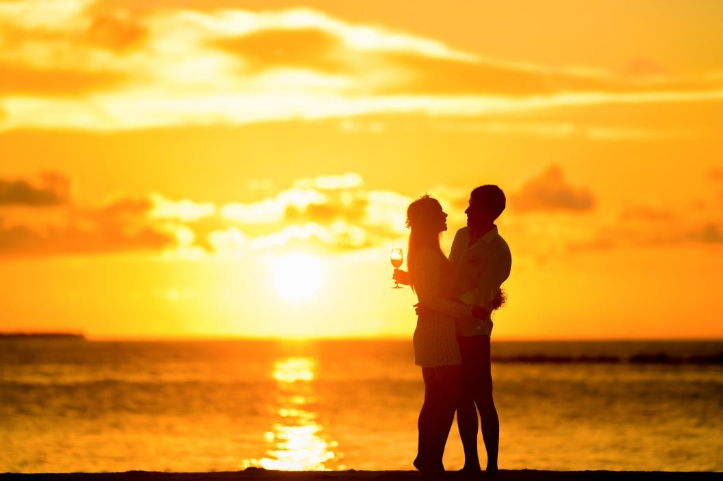 Tag online dating services marketing