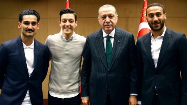 ฟุตบอลโลกครั้งล่าสุด Ozil