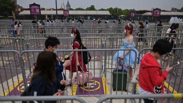 เปิด Disney World 3 Bob Chapek