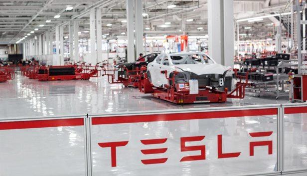 Tesla โรงงาน