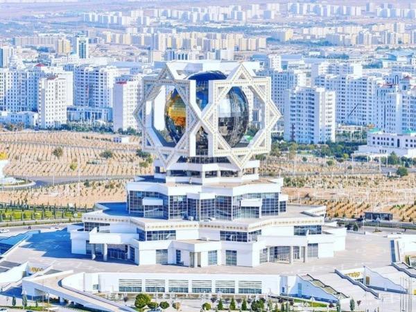Ashgabat Expat
