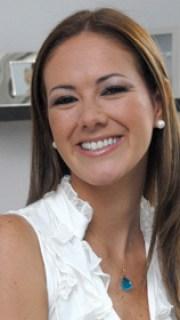 Cristina Paez1