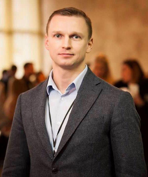 Dmitriy Romanovskiy