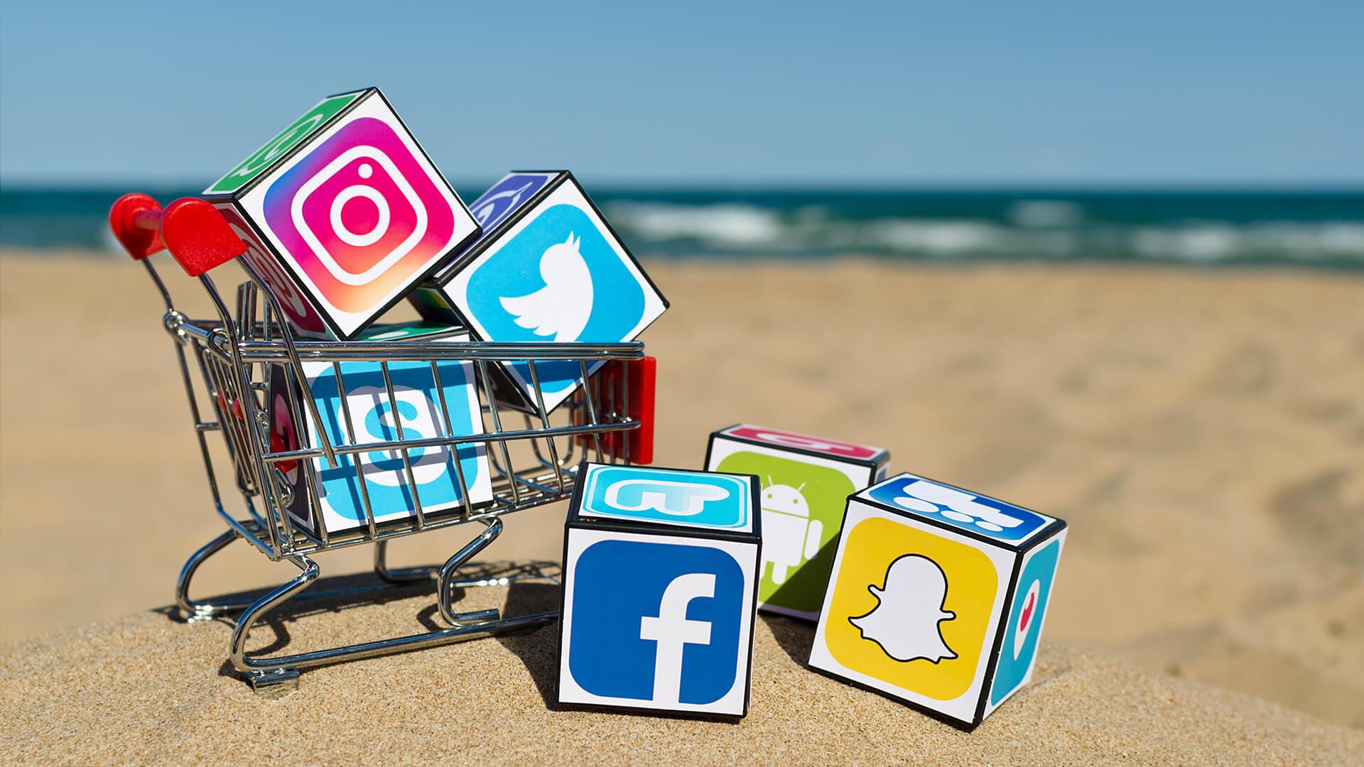 """Résultat de recherche d'images pour """"social medias"""""""