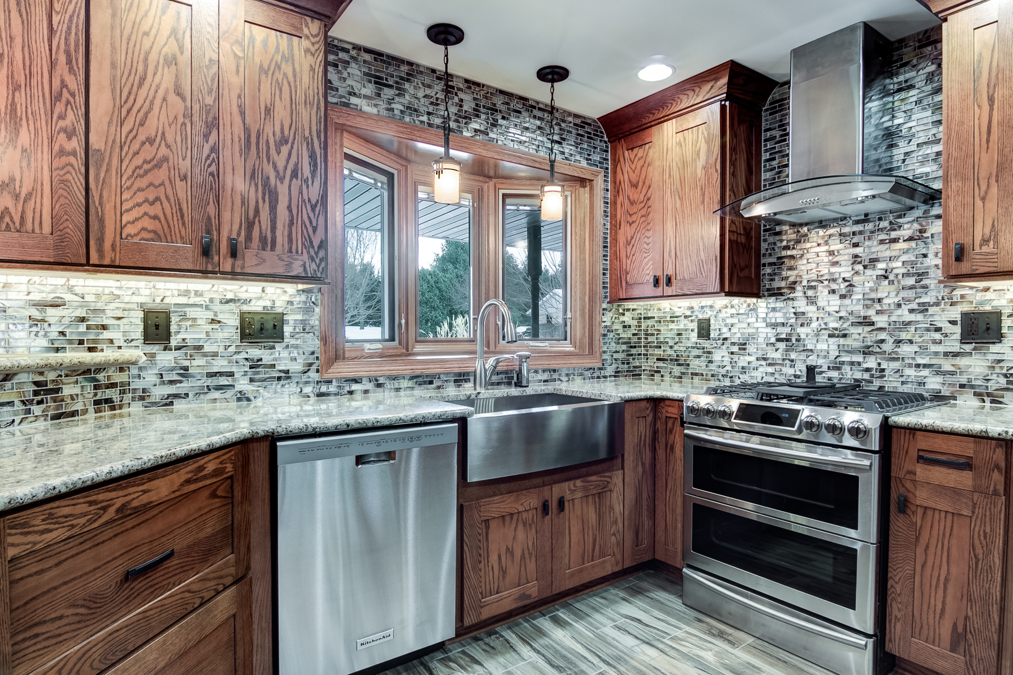 why hire a general contractor for a kitchen remodel - new leaf