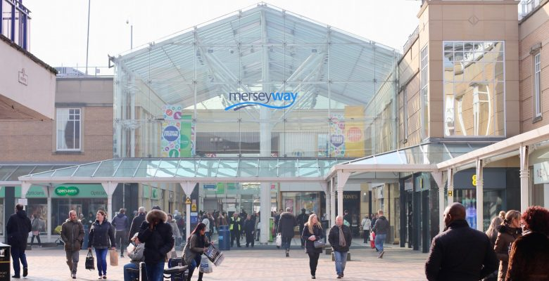Risk of insolvency falls for North West retailers