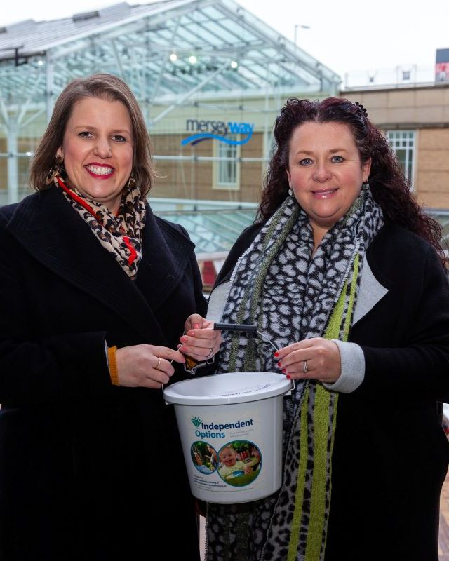 Merseyway shoppers raise £1,600 for charity partner