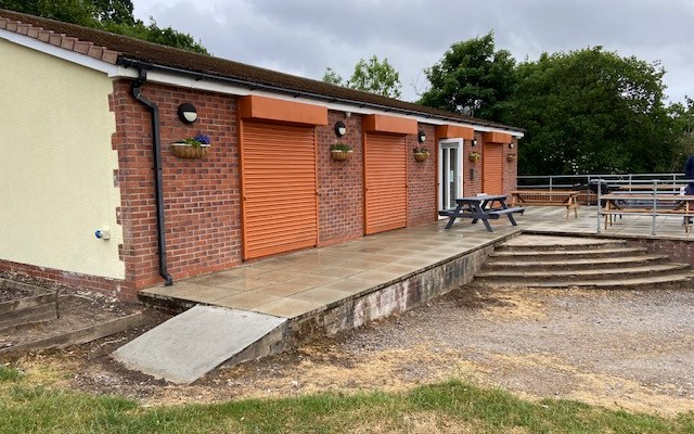 Woodley Cricket Club raise funds to improve facilities for local community