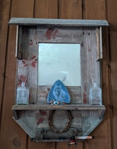 Market Junction Artisans Market A Rustic Touch Woodworking Designs by Cliff Raskob picture frames mirrors end tables trays bookends bird houses