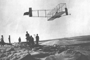 Soaring_flight,_by_Orville_Wright,_Kitty_Hawk,_NC,_Oct,_1911.(10469_A.S.)