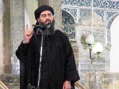 Abu Bakr al-Baghdadi addresses the troops.