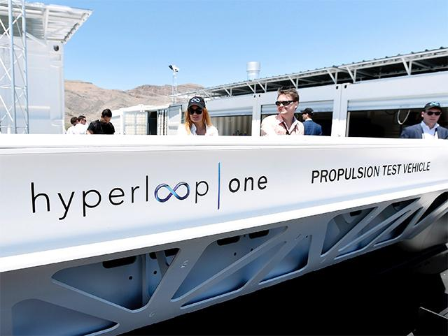 hyperloop-will-be-moving-cargo-in-2019