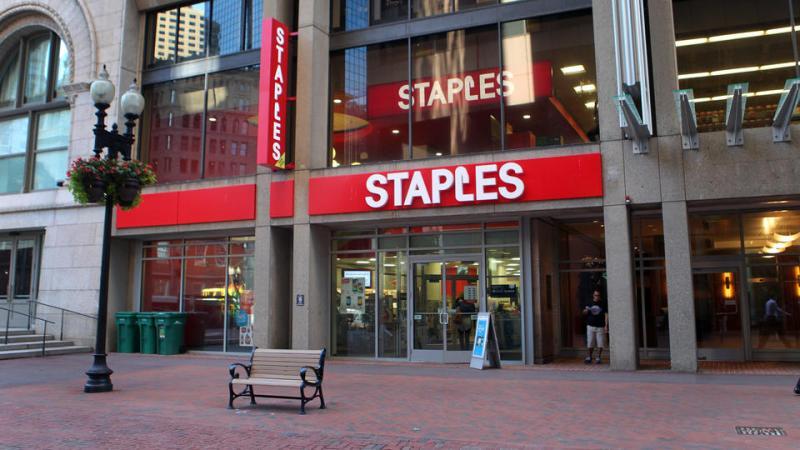 (Boston,  NH,  08/19/14) Staples at One Washington Mall ih Boston on Tuesday,  August 19,  2014.  Staff Photo by Nancy Lane