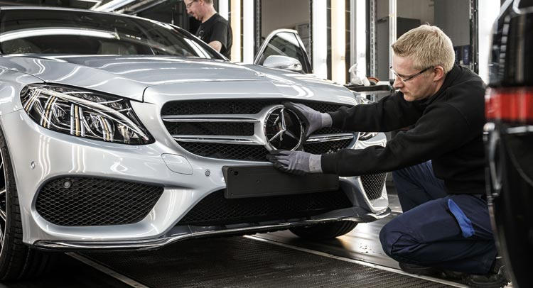 mercedes-c-class-assembly-0