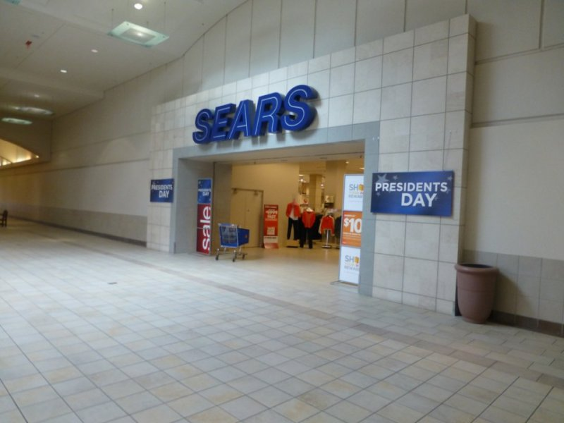 this-sears-entrance-in-richmond-heights-ohio-appears-barren