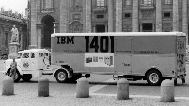 us__en_us__ibm100__1401__datamobile_vatican_rear_june1960__620x350