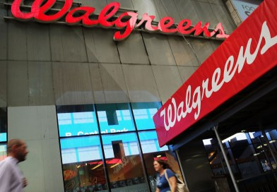 Why are Walgreen and Rite Aid's Revenues Dropping?