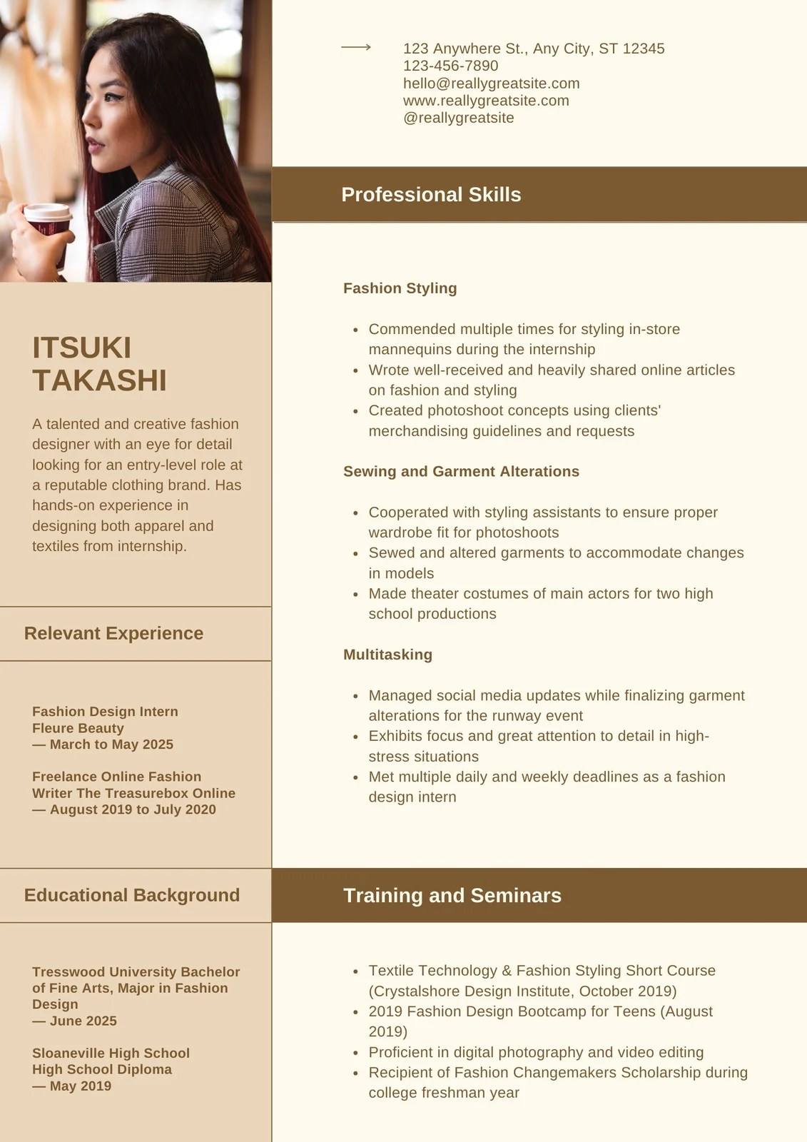 Stand out with captivating cv resume templates on pngtree. Free Professional Resume Templates To Customize Canva