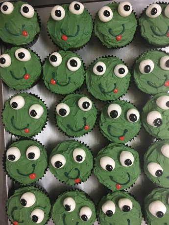 Froggie Cup Cakes