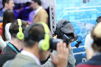 Virtual & Augmented Reality Market Analysis