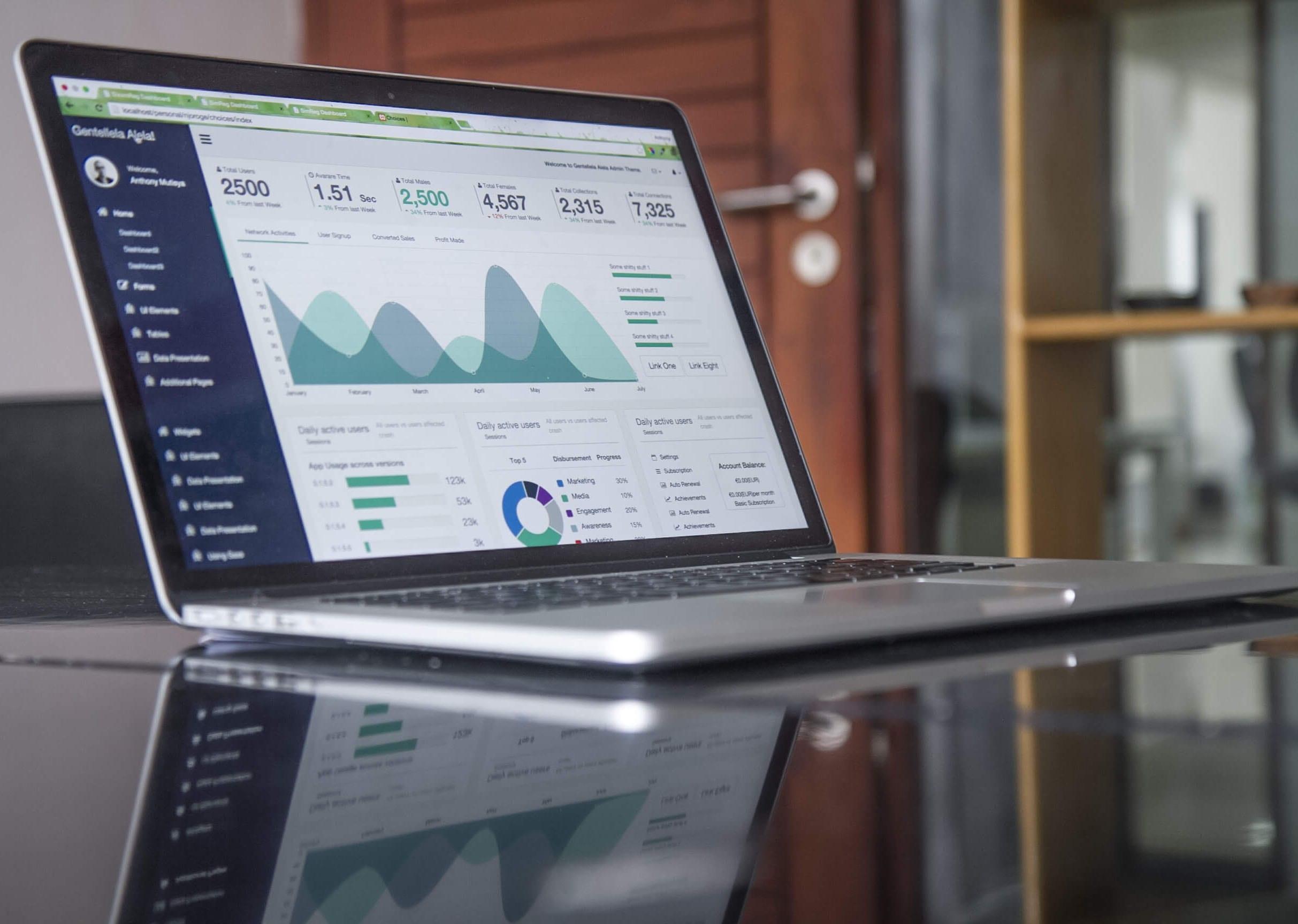 Computer Data/Analytics Image