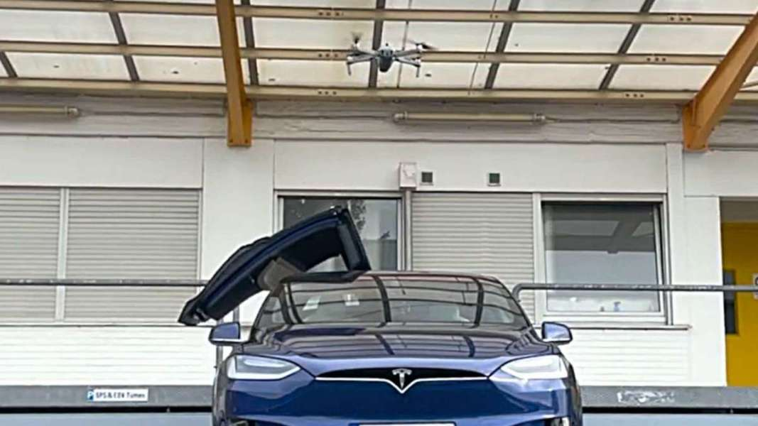 tesla_is_hacked_with_drone