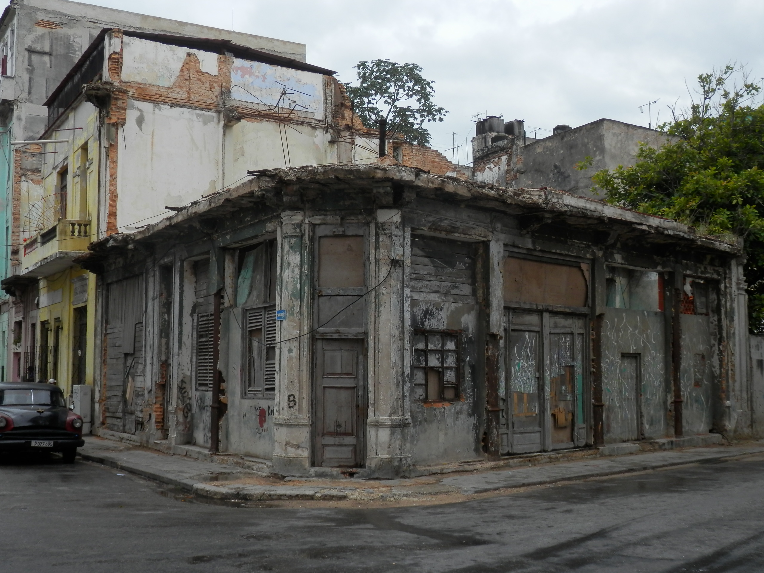 Havana, Cuba–Stagnation Doesn't Preserve Cities, Nor Does Wealth Destroy Them