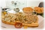 römisches Brot mit Olivenpaste, Moretum und Lukanische Fleischpastete